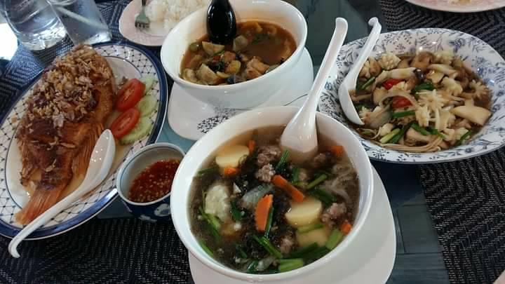 ร้านไอดินกลิ่นข้าว กาญจนบุรี