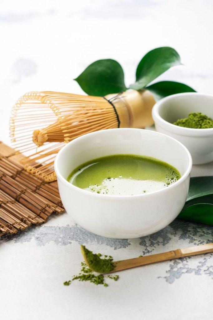 อาหารช่วยลดพุง และช่วยลดไขมันหน้าท้อง คือ ชาเขียว ขอเริ่มจากอาหาร หรือเครื่องดื่มที่ช่วยลดพุงได้