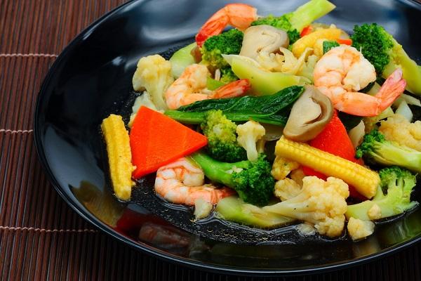 เมนูผัดผักรวม สุดง่ายทำง่่ายๆสะดวก อร่อย เป็นเมนูอีกเมนูหนึ่งที่อยู่คู่กับครัวไทยมาอย่างช้านาน
