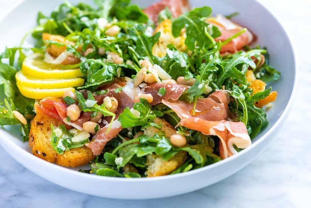แนะนำ 3 เมนูอาหารสลัดอกไก่ โดนใจสายรักสุขภาพ
