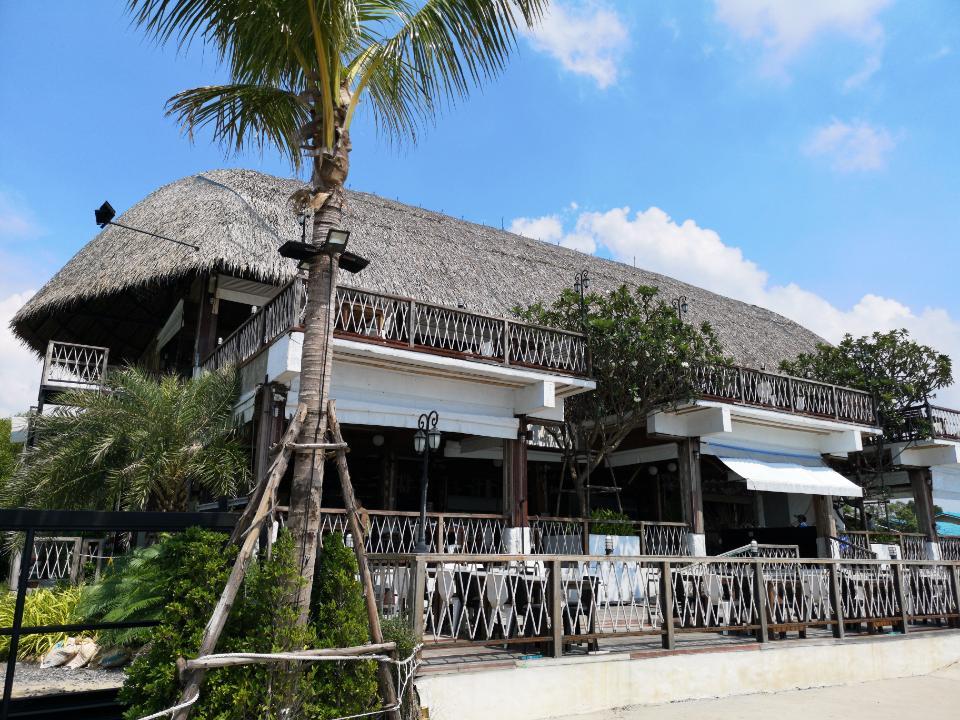 ร้านมอเกน บางปู ร้านอาหารทะเล