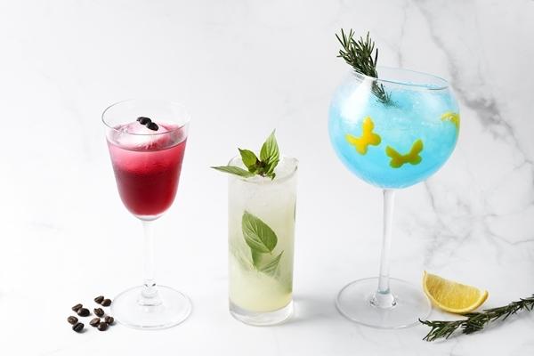 วอดก้า & เครนเบอร์รี่ (Vodka & cranberry blush)