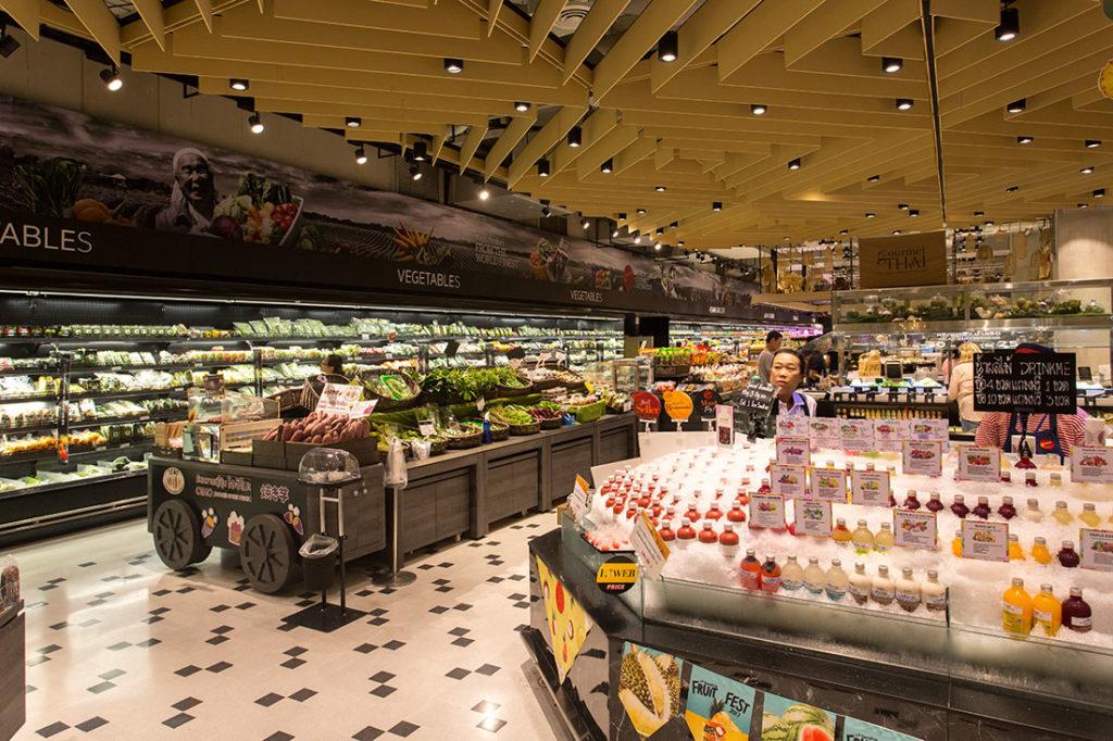 Gourmet Market มีแผนกอาหารและขนม