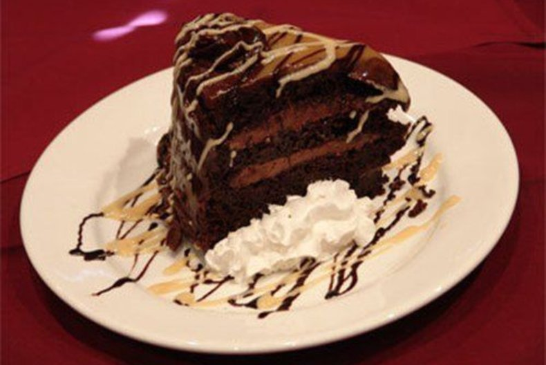 ร้าน Crepe Cake หวานนุ่มละมุมลิ้นในกรุงเทพ