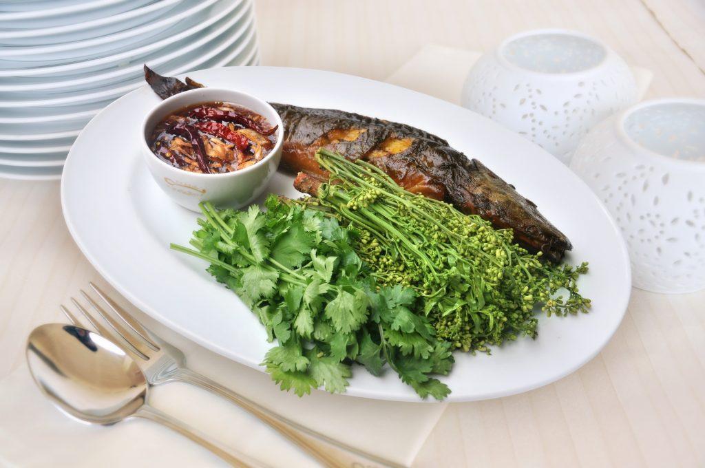 เมนูสะเดาน้ำปลาหวาน ที่มีสารอาหารจำพวกวิตามินซี