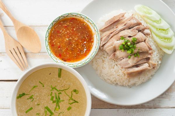 เมนู ข้าวมันไก่ ที่หาทานได้ง่ายเมนูอร่อยที่หลายคนคุ้นหูเป็นอย่างดี
